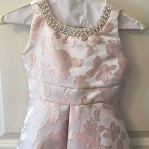 Rare Editions Dresses - Pink floral dress with pearl detail